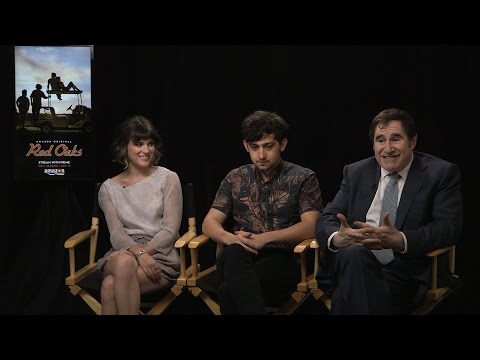 "Craig Roberts, Alexandra Socha & Richard Kind on ""Red Oaks"" Behind The Velvet Rope"