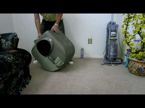 """Trying Out the Omega Paw """"Roll n' Clean"""" Cat Litter Box"""
