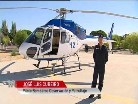 Helicóptero De Observación Y Patrullaje De Los Bomberos De La Comunidad De Madrid