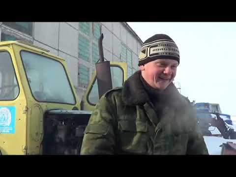 Первый пуск  трактора ЮМЗ-6 после зимы!