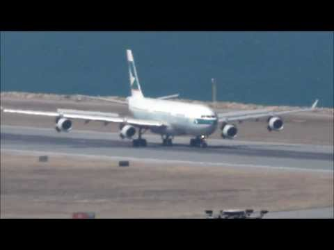 Airbus A340 Cathay Pacific. Landing in Hong Kong Chek Lap Kok Airport