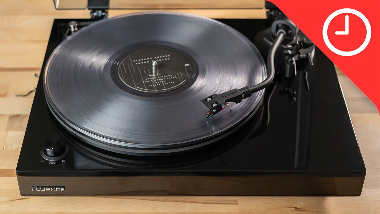 Fluance RT82 Turntable