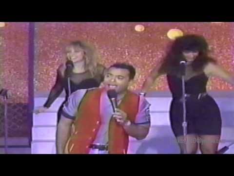 Ver Video de Jon Secada JON SECADA - JUST ANOTHER DAY (SPANISH VERSION)