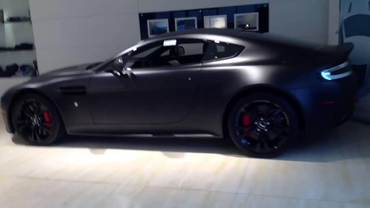 Matte Black Aston Martin V12 Vantage Carbon Edition Serial Youtube