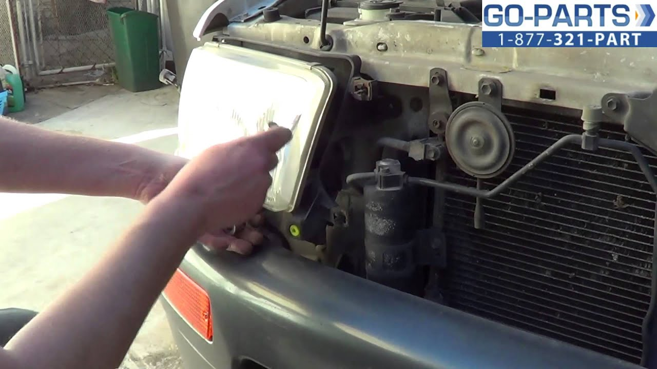 Replace 1996 2002 Toyota 4runner Headlight Bulb How To Change 2000 Antenna Install 1997 1998 1999 2001 Youtube