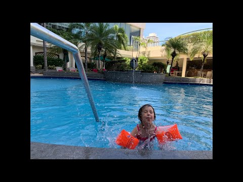 it's-more-fun-in-the-philippines:-pan-pacific-hotel-#jessicaandcameron