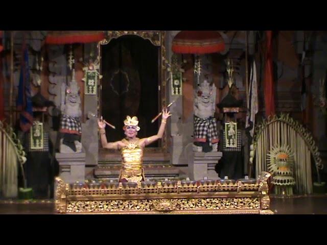 Kebyar Terompong Dance Tirtasari Regular Performance Friday 18 Nov 2019 at Balerung Stage Peliatan