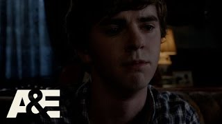 Bates Motel Norma Confronts Norman About Miss Watson Season