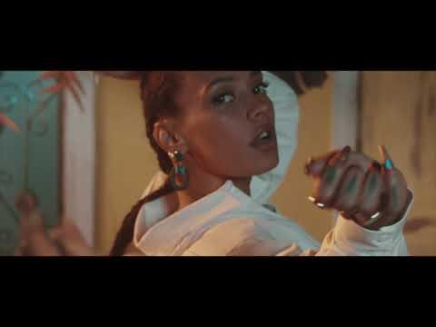 Смотреть клип Rochelle - Mami