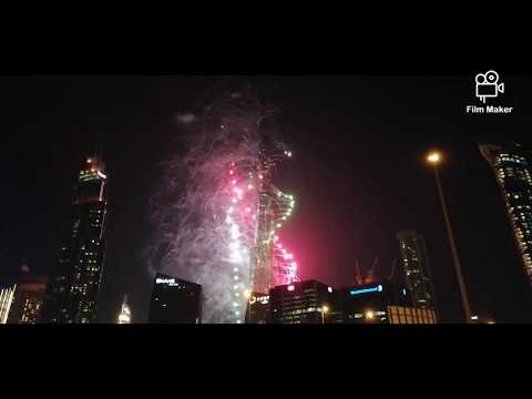 BURJ KHALIFA NEW YEAR'S COUNTDOWN (Goodbye 2019.. Hello 2020)