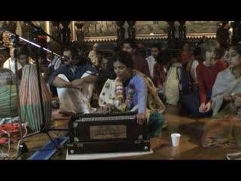 NY Eve Bhajan - Rasakeli devi dasi - Hare Krishna - 2/16