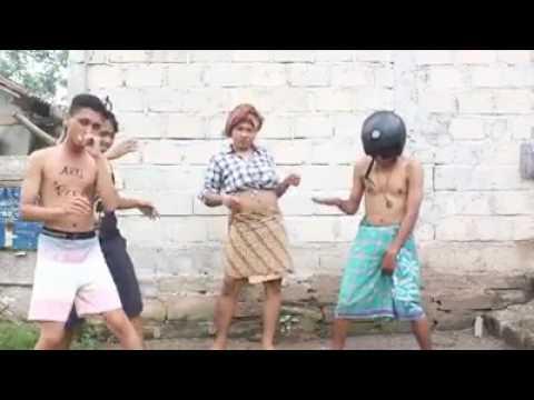 Pendhoza feat Sasha Anezka - Aku Cah Kerjo [PARODI]