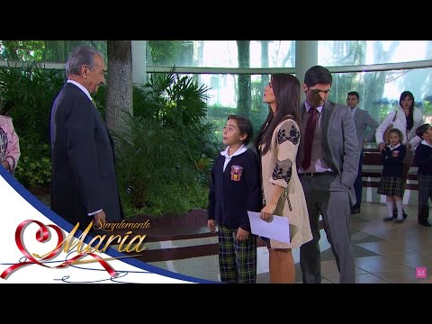 Adolfo conoce a su nieto - Simplemente María