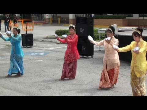 Indonesian Dance - Mid-Autumn Asian Festival 2010