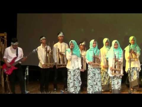 Performance Angklung -Parents' Day SMA Alfa Centauri, November 2016-