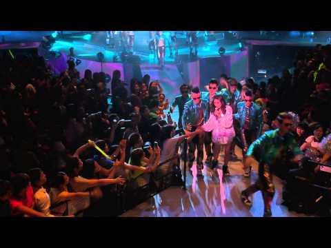 Kelly Dance Medley -大日子&花花宇宙&失憶週末(陳慧琳)- 雷頌德 THANK YOU 演唱會2013 Live(720P)字幕版