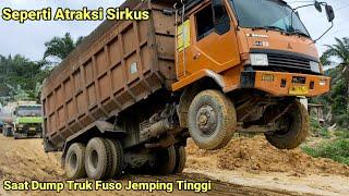 Download lagu Seperti atraksi saat dump truk jemping tinggi