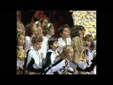 Видео, Домисолька и Елизавета Макеева - Парус детства