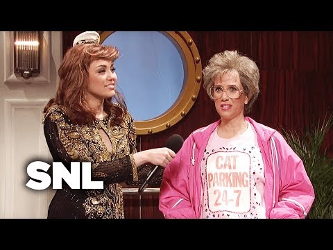 Grossed Out Cruise Ship Singer  SNL