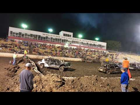 Lakeside Speedway, KCK, Demolition Derby 2018