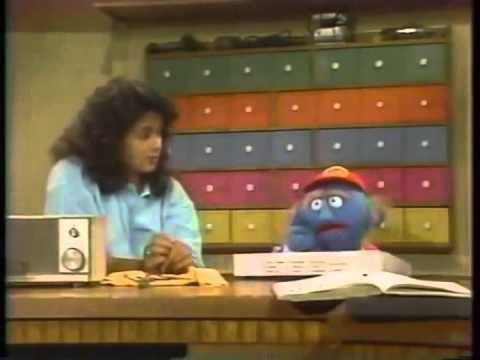Classic Sesame Street - Maria and the Blue Man