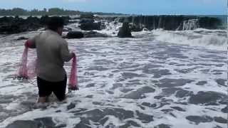 Travaasa Hana Maui Fish Net Throwing