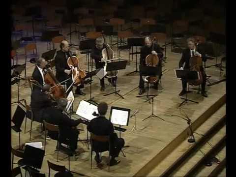 """Gustavo Tavares - """"Ladainha"""" for 8 cellos"""