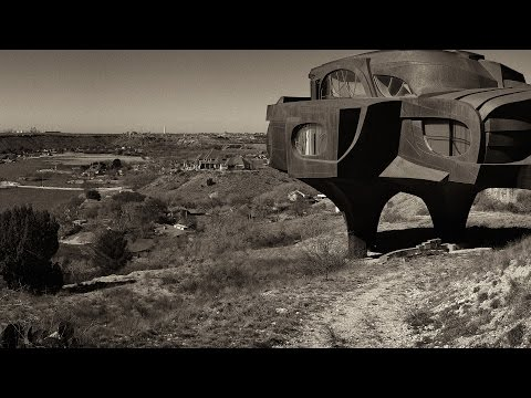 Behind the Image :: Steel House - Ransom Canyon