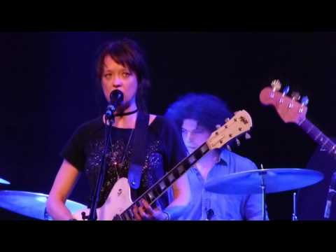 """Mary Timony plays Helium, """"Ancient Cryme"""" @ The Sinclair"""