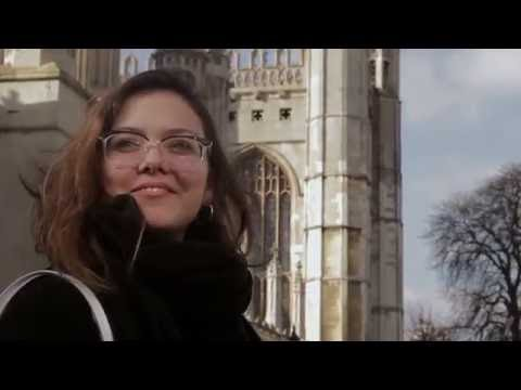 Micaela talks about her experience at Cambridge School of Art (Portuguese subtitles).