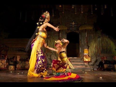 Made Artha Yasa, Balinese dancer, Indonesia.