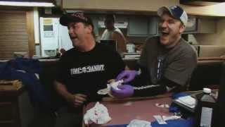 Andy's Finger Gets Smashed | Deadliest Catch
