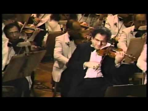 Love Theme From Cinema Paradiso Conducted by John Williams (feat. Itzhak Perlman)