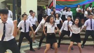 Handsome men and beautiful girl thai students dance