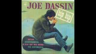 Watch Joe Dassin Le Chanteur Des Rues video