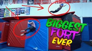 THE BIGGEST FORT EVER!!