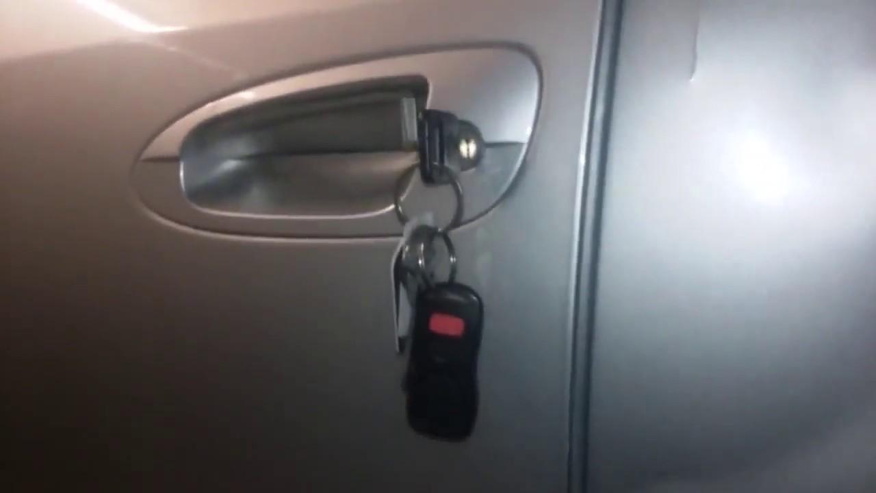 como cambiar la agarradera exterior de la puerta (nissan ...