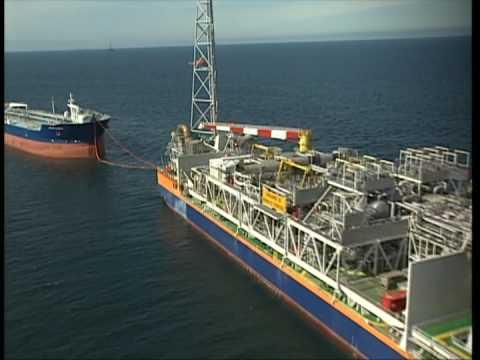 FPSO during TANDEM discharge to a Shuttle tanker