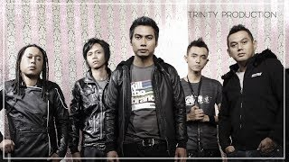 Download NaFF - Terendap Laraku | Official Video Clip