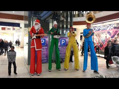 The Top Bananas - Christmas in Basildon