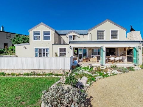 4 Bedroom House For Sale In Stonehaven Estate, Fish Hoek, Western Cape, South Africa For ZAR 5,99...