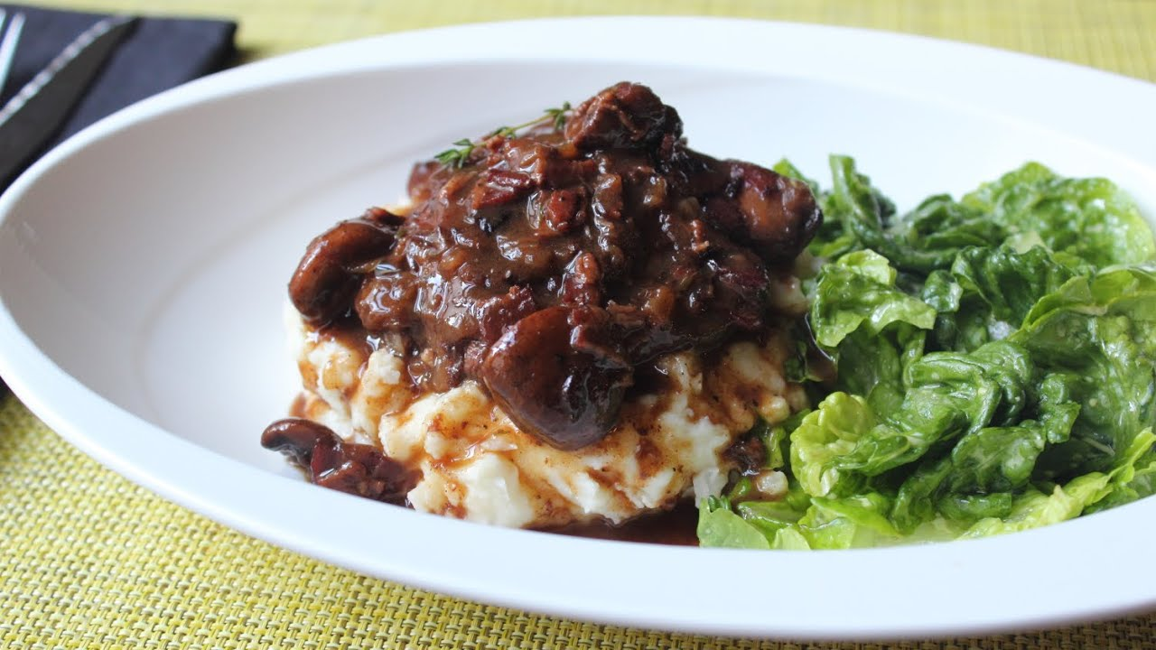 ... Au Vin - Chicken Braised with Bacon, Mushrooms & Red Wine - YouTube