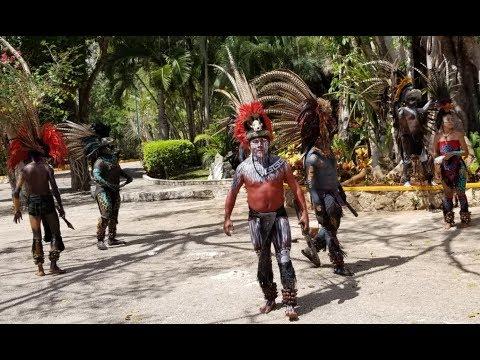Cenote Ik Kil Chichen Itza 2018