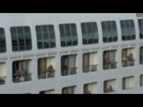 Flashing On Cruise Ship