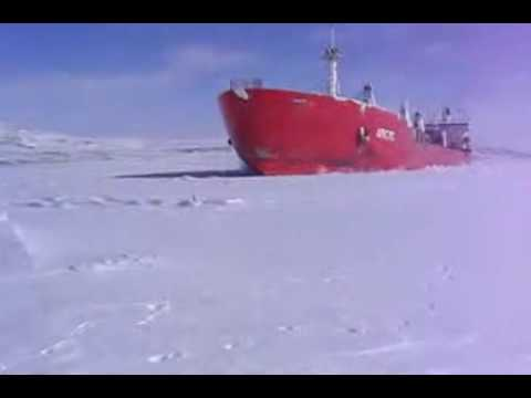 Standing by a Ship Going Through Ice ( Cool )   Videos.flv