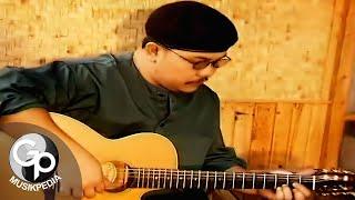 Download Doel Sumbang - Ai (Official Music Video)