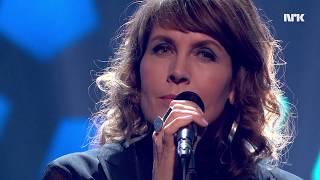 "LIVE hos LINDMO: Kari Bremnes - ""Glem ikkje"""