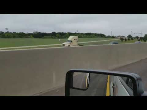 Cell phone video captures wrong-way crash on I-20 - YouTube