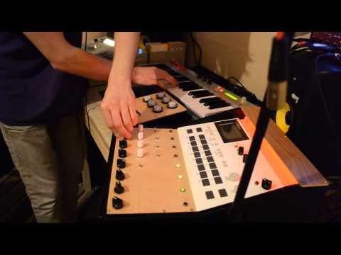 Custom Circuit bent Roland TR505, MPC2000 and Alesis Micron Acid House Jam