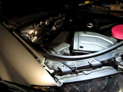 Replace Dipped Headlight bulb for Audi A4 B6 (2004)